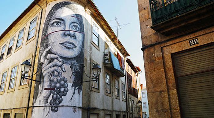 نقاشی ساختمانها در پرتغال